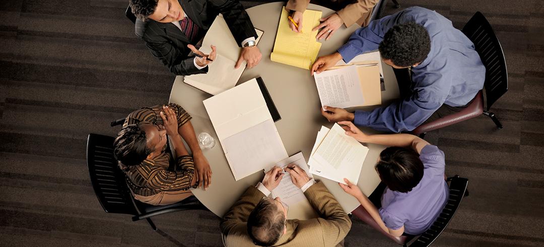 Dialog pomaga zarządzać odpowiedzialnie