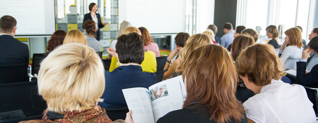 Sustainability Reporting Week 2015 27.10.2015 Warszawa